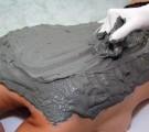 Обертывания с голубой глиной — гладкая кожа вам обеспечена